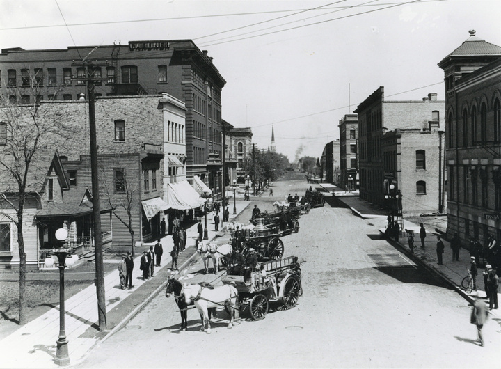 Robert St. in downtown Fargo
