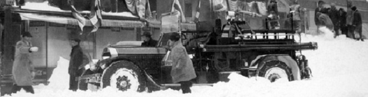 1924 LaFrance stuck in snow